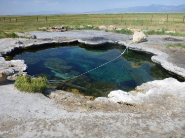 Meadow_Hot_Springs,_DyeClan.com_-_panoramio_(1)
